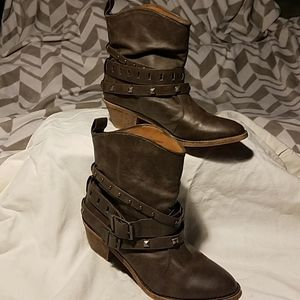 Mossimo Supply Co. Studded Brown Boots Sz 7